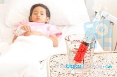 gyermekkori reumás izületi gyulladás hogyan lehet kezelni a térdízület ragasztásainak könnyét