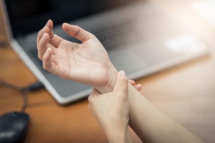 Hüvelykujjfájdalom okai - Egészség | Femina