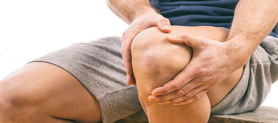 a térd akut fájdalmának okai
