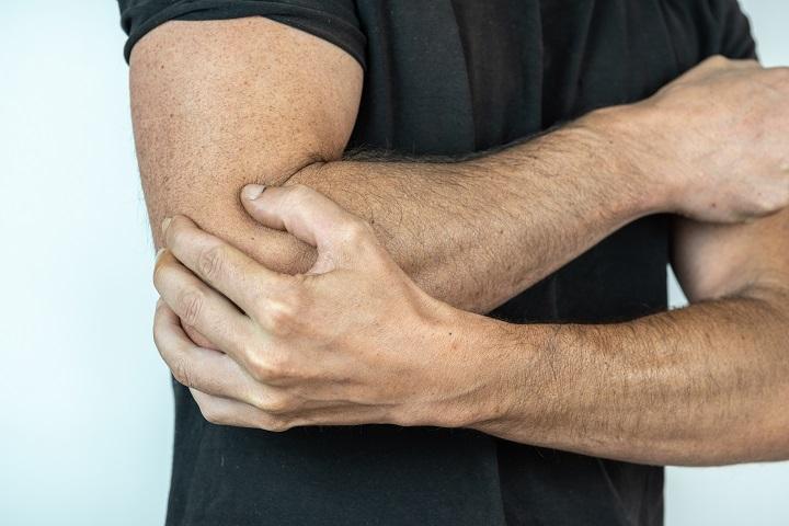 fájó ízületek a könyök alatt ízületi fájdalom hepatitiszben