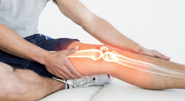 a térd artritisz tünetei és kezelése