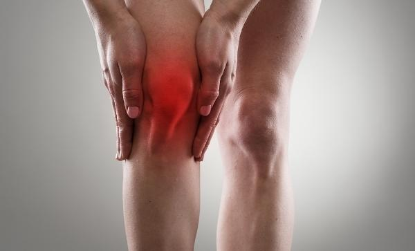 hogyan lehet enyhíteni a térdízület súlyos fájdalmát