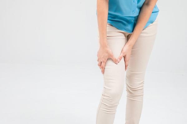 csípőfájdalom, osteoarthrosis csípőfájás sétáló fórum közben