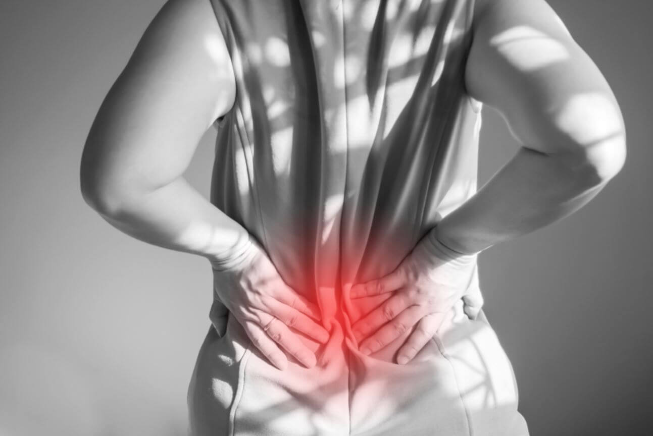 a térd felé sugárzó fájdalom