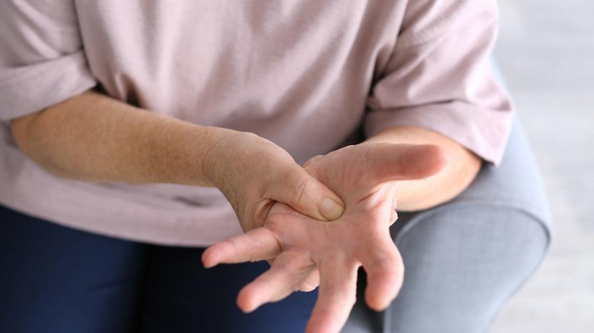 ízületi fájdalom a leghatékonyabb vállízület-szorító kezelés