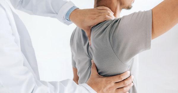 ízületi fájdalom vállak mit kell tenni van holden csípőfájdalma