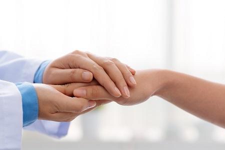 csipkebogyó ízületi kezeléshez a kezek megfagytak és az ízületek fájnak