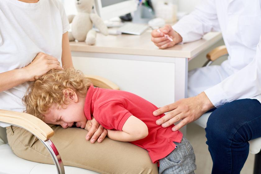 fájdalom a gyermekek különböző ízületeiben