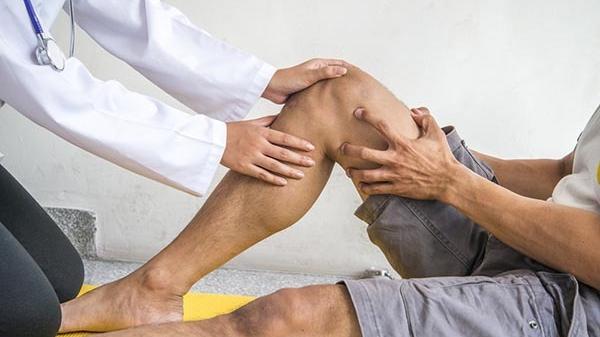 kórtörténet térd ligamentum törés a térdízületek legfontosabb gyógyszerei