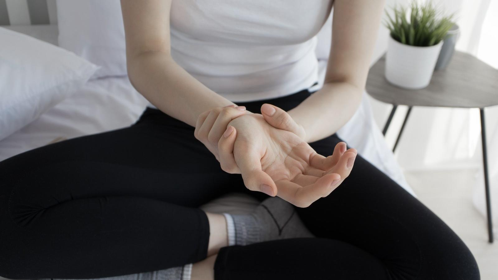 térdízület fáj a hidegtől a vállízületek fájnak mozogva