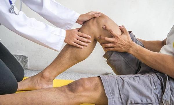 növekedés a fájdalom csuklóízületén a végtagok ízületeinek duzzanata